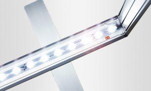 LED valo tekniikka polttimot valokaappi